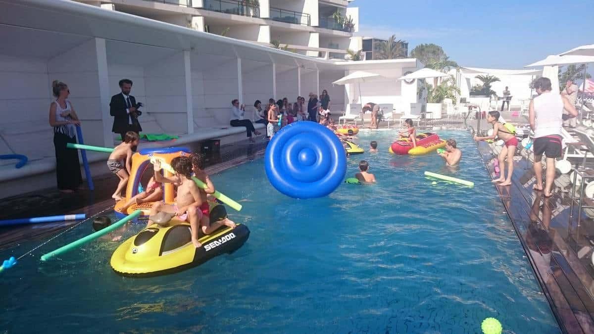 Anniversaire piscine yacht club eklabul ev nement for Animation piscine