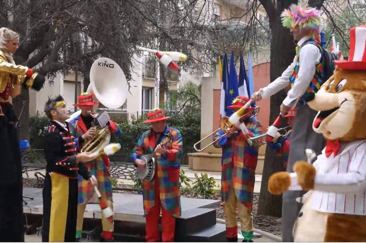 Carnaval cirque à Cannes