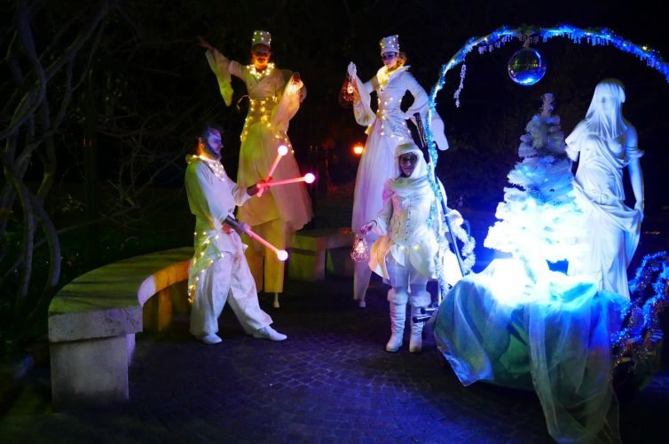 Light walk for the Christmas celebrations in Beaulieu