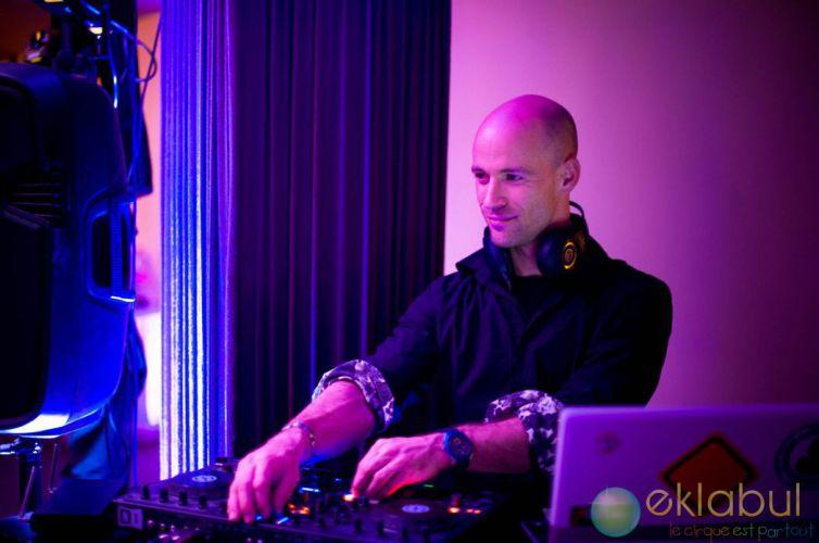 DJ / ANIMATEUR MICRO