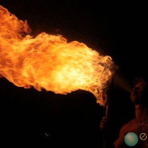 Feu et cracheur de feu - Eklabul événement