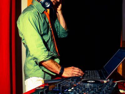 DJ 01 - Eklabul Evenements