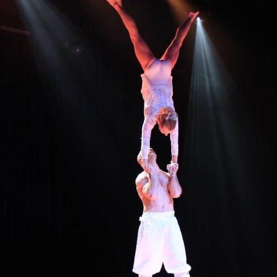 Portés acrobatiques - Eklabul Evenements